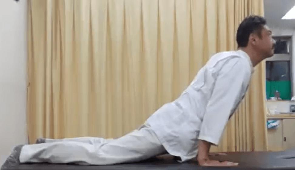ストレートネックの運動療法